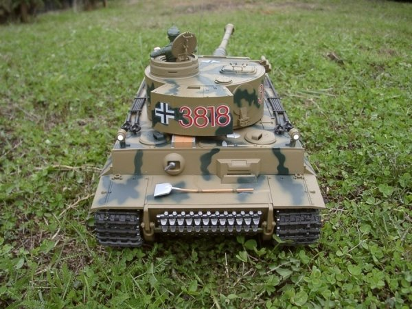 Czołg German Tiger 1  1:16  + Dym Kamuflarz Heng Long