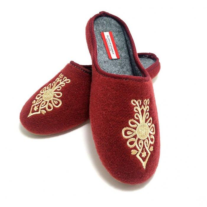 kapcie-domowe-damskie-haftowane-slippers-familykapcie-domowe-damskie-haftowane-slippers-family