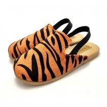 Kapcie dla dzieci z gumką Slippers Family Tygrys