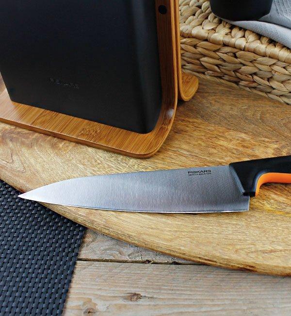 Fiskars Zestaw 5 noży w bloku bambusowym Functional Form 1057552