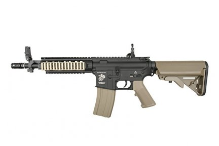 Replika karabinka Specna Arms SA-B04 - Half-Tan