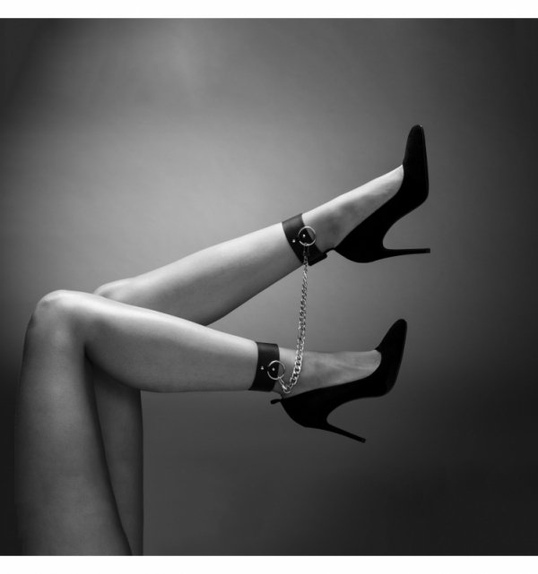 Bijoux Indiscrets - MAZE Kneecuffs Brown
