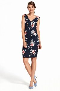 Sukienka z głębokim dekoltem na plecach - kwiaty/granat - S107