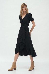 Czarna kopertowa sukienka w stylu boho - S165