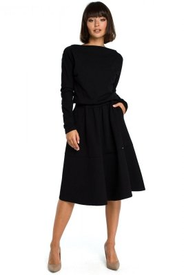 B087 Sukienka rozkloszowana - czarna