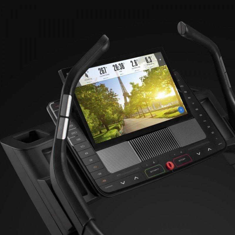 Bieżnia Elektryczna NordicTrack X22i + Roczne członkostwo iFit