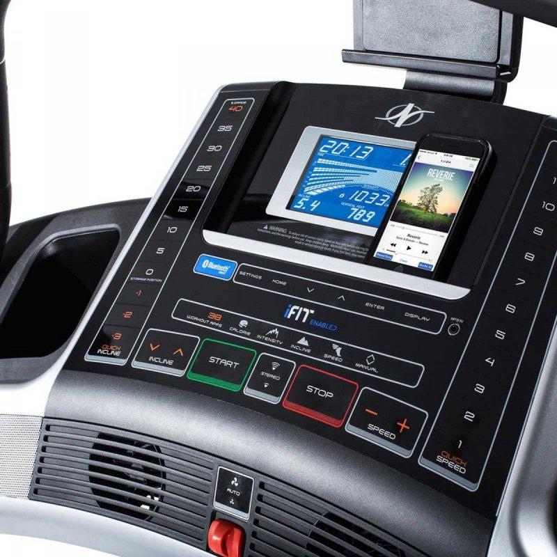 Powystawowa Bieżnia Elektryczna NordicTrack Incline Trainer X7i + Roczne członkostwo iFit