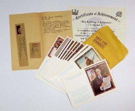[MUNDURY]. Zbiór różnych materiałów drukowanych i odręcznych dotyczących głównie umundurowania, z kolekcji Andrzeja Zaremby.