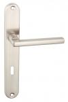 Klamka ADA do drzwi wewnętrznych na szyldzie długim na klucz KAD_311A