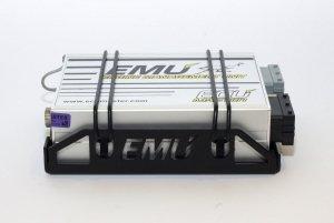 Mocowanie Komputera ECUMASTER EMU - dedykowane