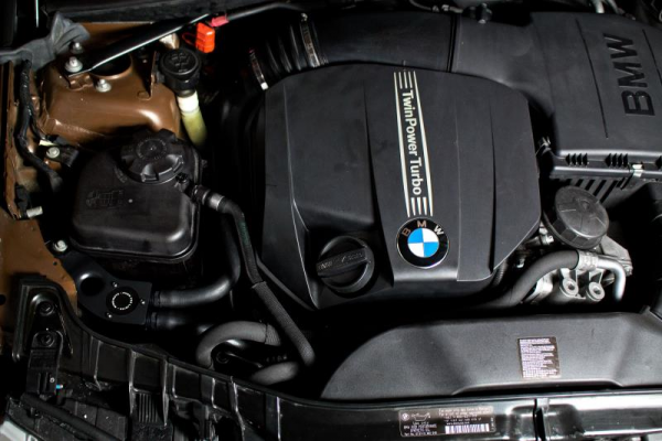CATCH TANK - zbiornik oleju MISHIMOTO BMW 335I / 335XI / 135I 2011-2013