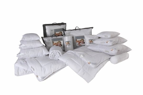 Antyalergiczna poduszka pikowana 70x80 cm z zamkiem Sensidream dla skóry wrażliwej