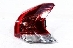 Lampa tył prawa Peugeot 3008 2014 MPV
