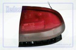 LAMPA TYLNA PRAWA MAZDA 626 96 GE 5D STANLEY