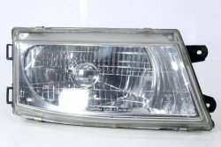 Reflektor prawy Mitsubishi Space Runner 1996