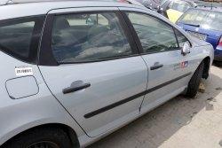 Lusterko prawe Peugeot 407 2004 Kombi (kolor: EYL)