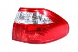 Lampa tył prawa Mazda 626 GF 2001 5D