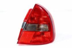 Lampa tył prawa Mitsubishi Carisma DA2A 1999-2004 5D