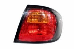 Lampa tył prawa Nissan Primera P11 1999-2001 Sedan