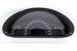 Licznik zegary Mercedes C-Klasa W203 2002 2.2CDI