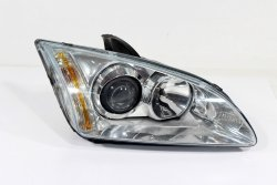 Reflektor prawy Ford Focus MK2 2006 (soczewka)