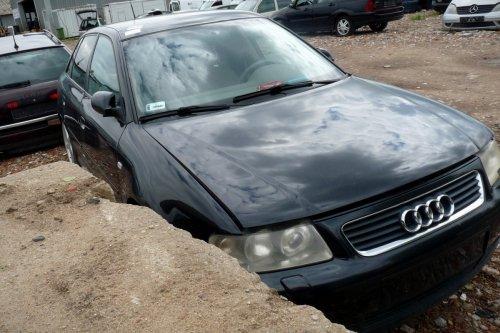 Audi A3 8L 2001 1.8T AUM Hatchback 5-drzwi