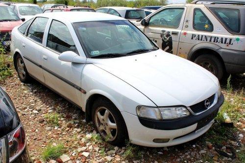Opel Vectra B 1998 2.0DTI X20DTH Liftback
