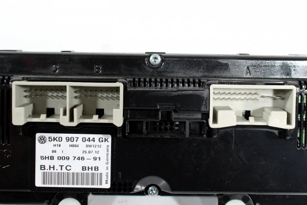 Panel klimatyzacji VW Golf VI 5K 2012