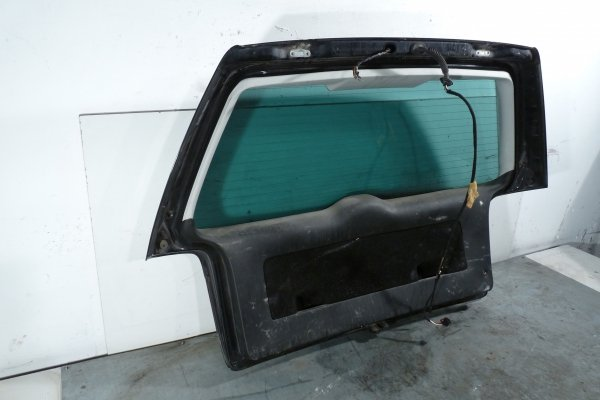Klapa bagażnika tył Volkswagen Passat B5 2001 Kombi