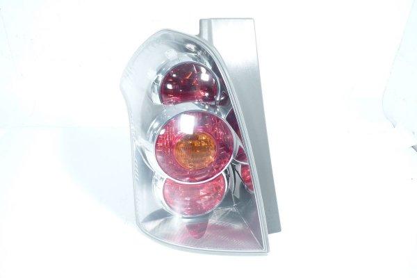 Lampa tył lewa Toyota Corolla Verso 2004