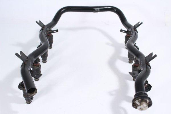 Listwa wtryskowa paliwa BMW 7 E38 3.0i V8