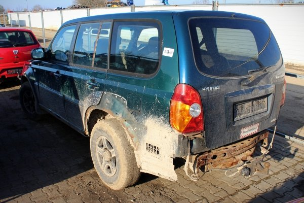 Podnośnik szyby przód prawy Hyundai Terracan 2001