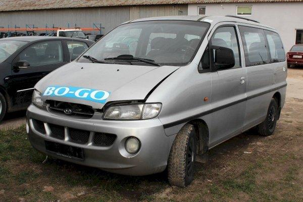 Kanapa 2 rząd Hyundai H-1 1998