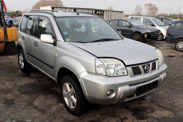 Lampa tył lewa Nissan X-trail T30 2004