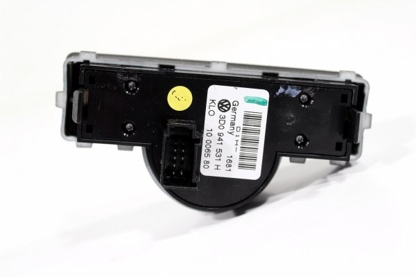 Przełącznik włącznik świateł VW Phaeton GP3 2011