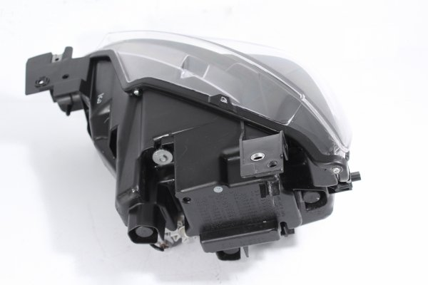 Reflektor prawy Mazda CX3 DK 2015-