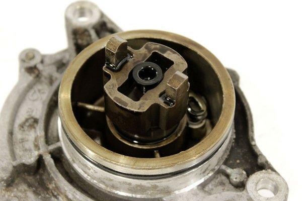 Pompa wakum - BMW - 5 - zdjęcie 7
