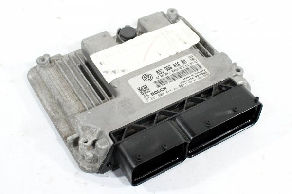 Komputer silnika VW Golf VI 5K 2012 1.4TSI CAXA