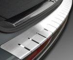 VW GOLF VII KOMBI od 2013 Nakładka na zderzak z zagięciem (stal)