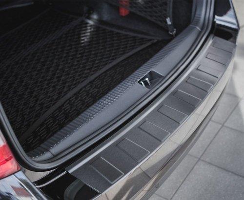 BMW 5 E61 Touring 2007-2010 Nakładka na zderzak TRAPEZ Czarna szczotkowana