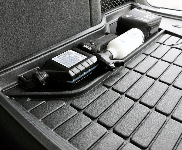 Mata bagażnika gumowa CHEVROLET Captiva SUV 2006-2015 wersja 7 osobowa ( ostatni rząd siedzeń rozłożony )
