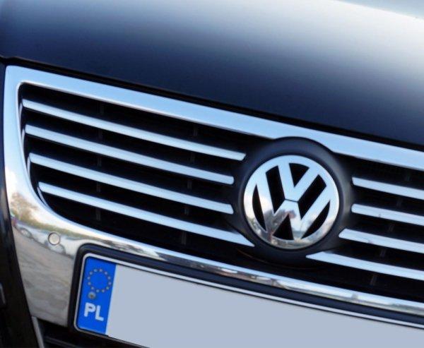 VW PASSAT B6 2005-2010 Nakładki na grill stal połysk