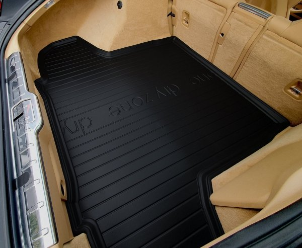Mata bagażnika VW Passat CC Fastback od 2012 bez wnęk bocznych