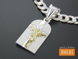 Medalik srebrny z Jezusem pozłacany