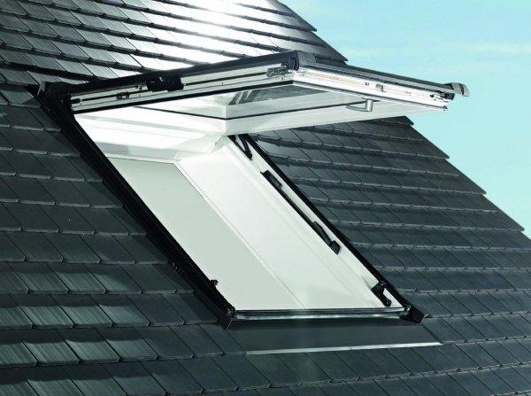 Dachfenster Roto R89P K200 (WDF R89P K WD) Uw: 0,80 Klapp-Schwingfenster aus Kunststoff blueTec Plus mit Wärmedämmblock