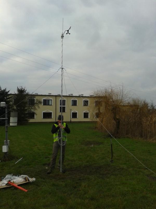 PM Ecology MST-110 maszt pomiarowy gruntowy aluminiowy 10 m maszt anemometryczny, meteorologiczny, teleskopowy