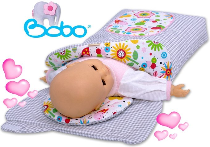 Becik dla lalki z kapturkiem i aplikacją szara kratka z różową łączką