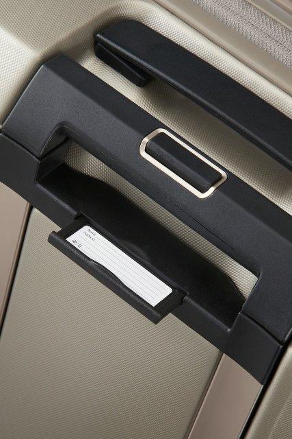 Bagaż posiada wbudowany identyfikator