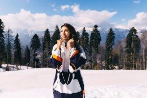 Jak wybrać kurtkę snowboardową?