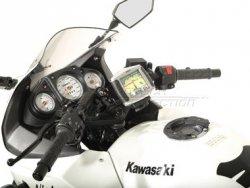 MOCOWANIE GPS Z AMORTYZACJĄ DRGAŃ KAWASAKI N250R NINJA (08-) BLACK SW-MOTECH